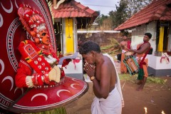 Theyyam_Reporter_LOWRES_08