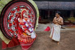 Theyyam_Reporter_LOWRES_17